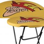 Tafel topcover geel met logo carnavalsvereniging Cunehearen Rhenen